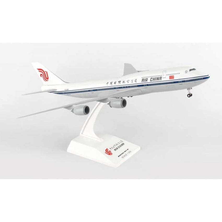 Air China Boeing 747-8 Plastic Model - Scale 1:200
