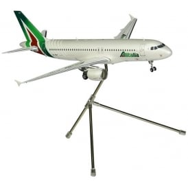 Alitalia A320-200 Diecast Model - Scale 1:200