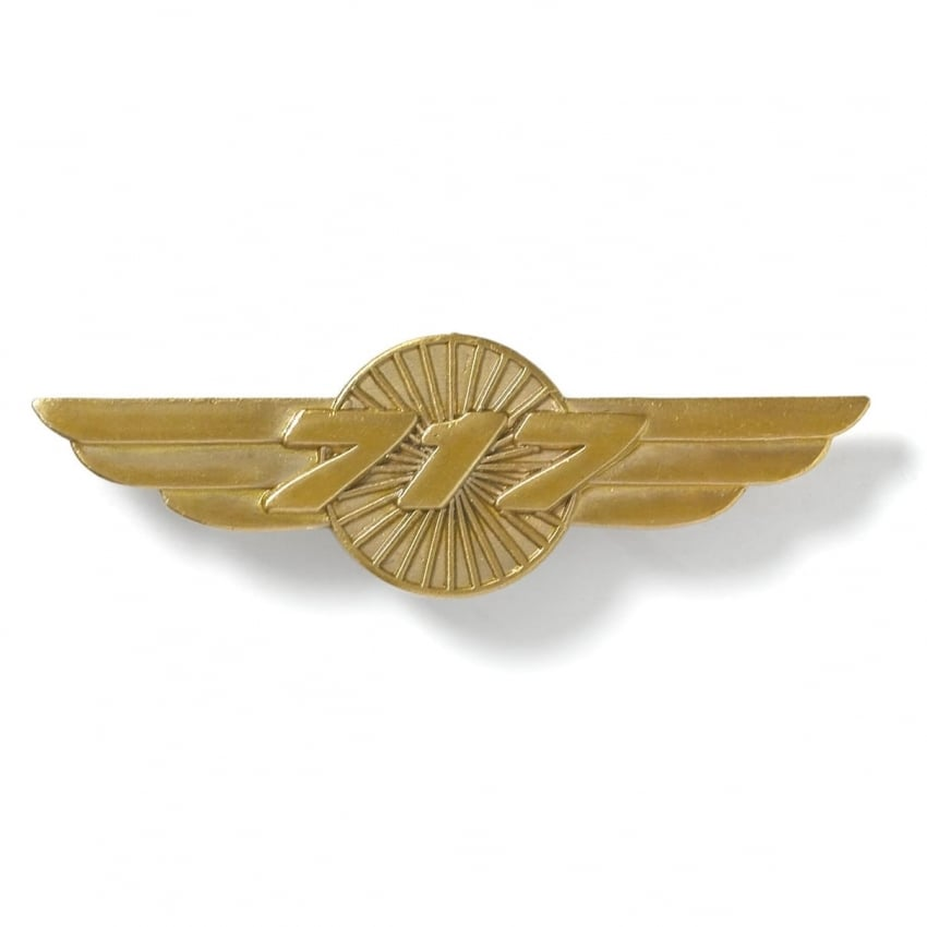 Boeing 717 Wings Pin Badge