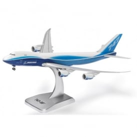 Boeing 747-8 Freighter Die-Cast Model - Scale 1:400