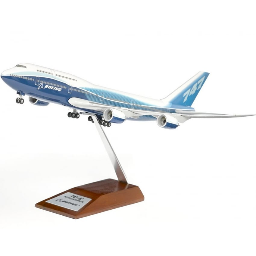 747-8 Intercontinental Snap Model - Scale 1:200