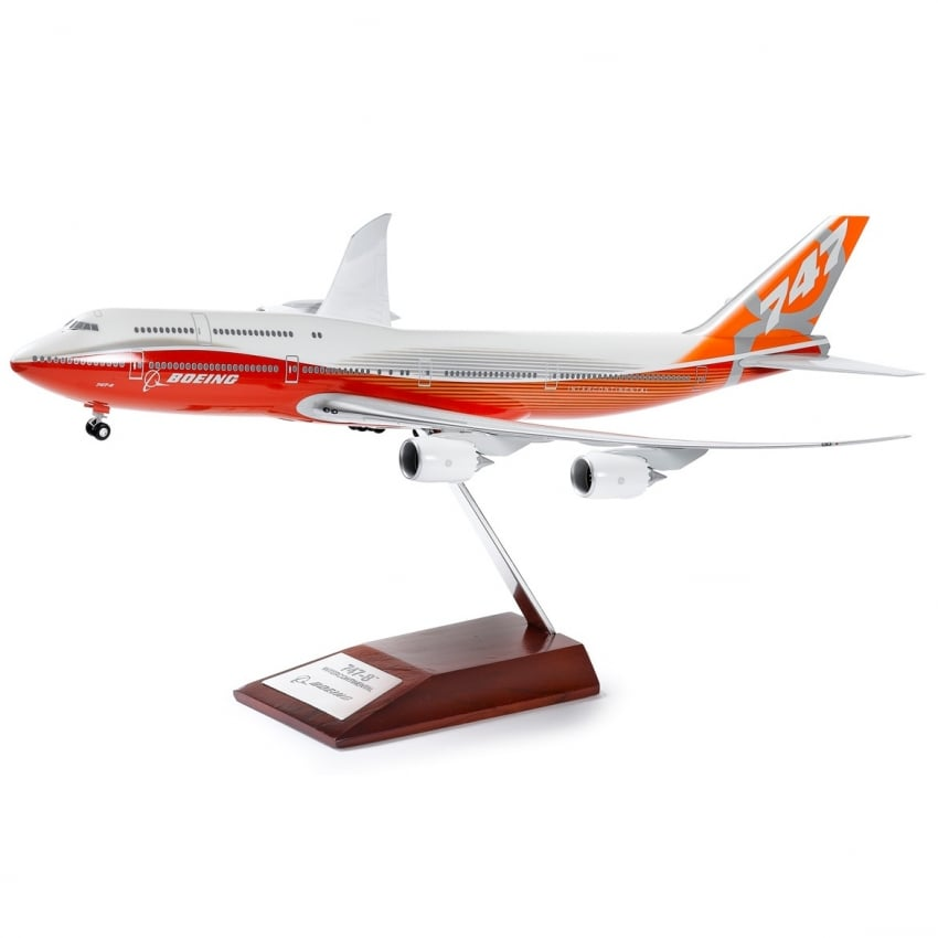 747-8IC Sunrise Snap Model - Scale 1:200