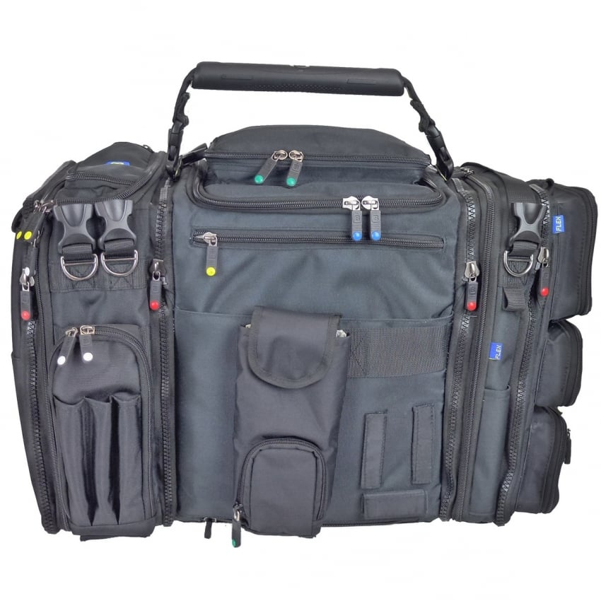 B18 Hangar Flight Bag