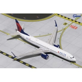 Delta Airlines Boeing 737-900S Diecast Model - Scale 1:400