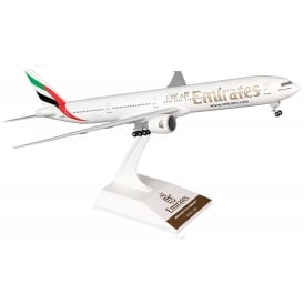 Emirates Boeing 777 Model - Scale 1:200