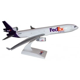 Fed-Ex MD-11 Plastic Model Scale 1:200