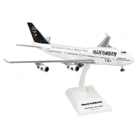 Boeing 747-400 Iron Maiden Book Of Souls Plastic Model - Scale 1:200