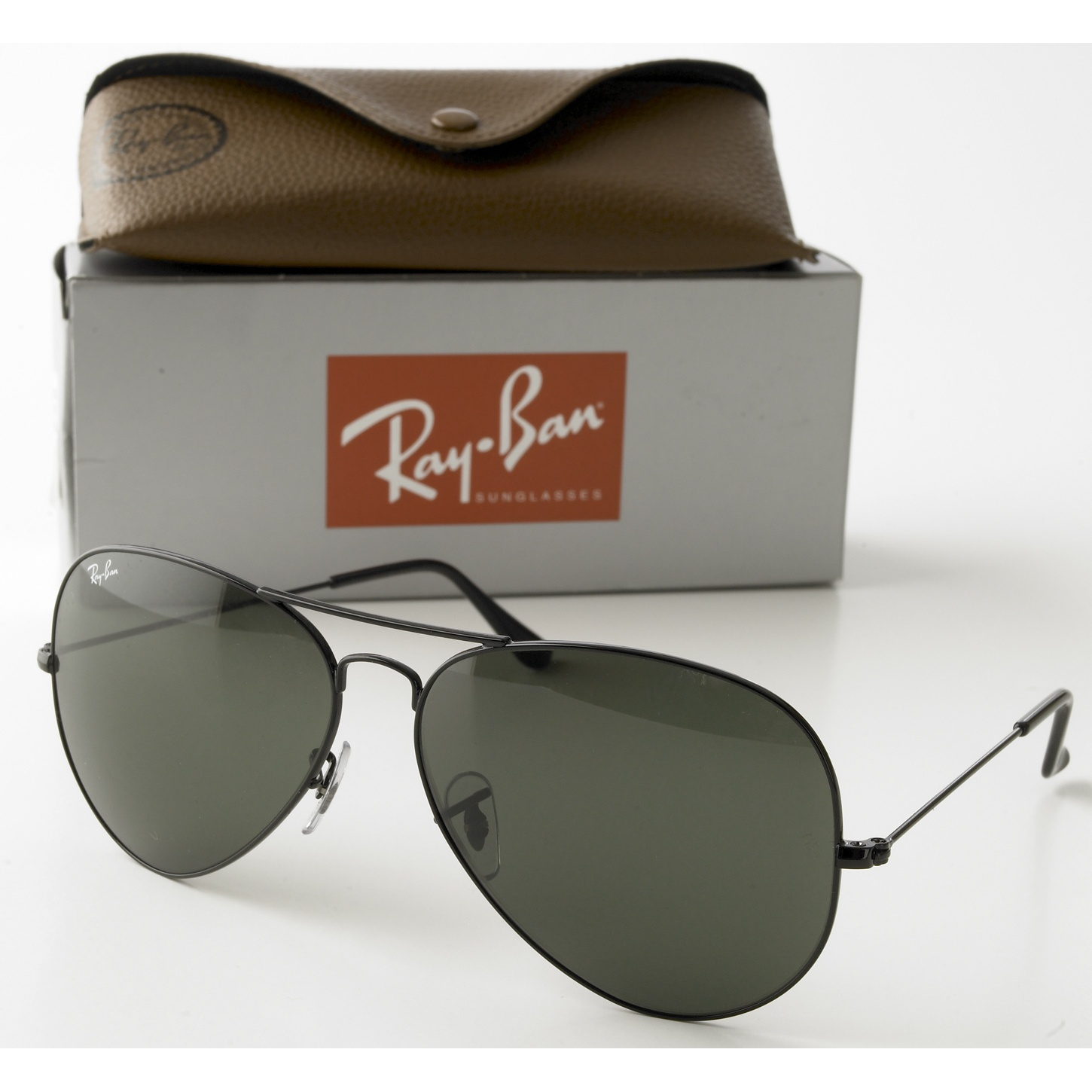 ray ban pilot aviator sunglasses  Rayban Aviator Sunglasses - Black Frame with 58mm G-15 Lens