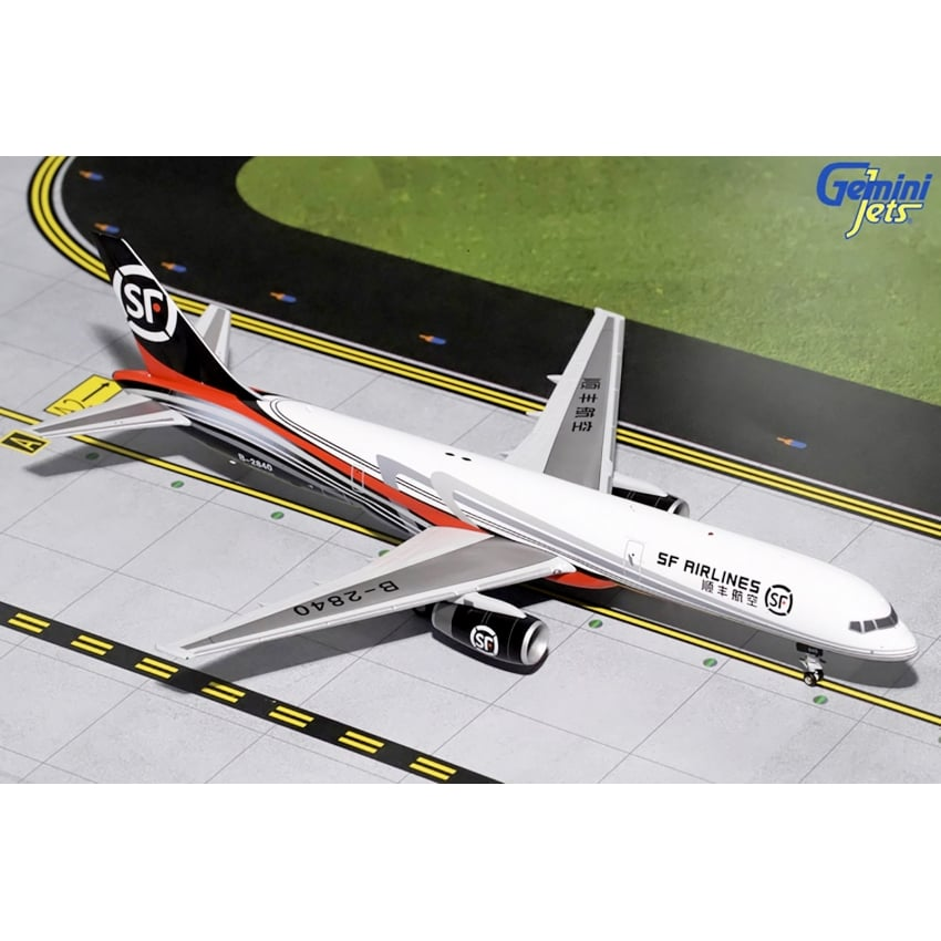 SF Airlines B757-200F Diecast Model - Scale 1:200