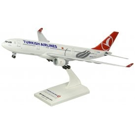 Turkish Airlines Airbus A330-200 - Scale 1:200